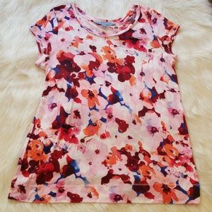 Simply Vera Wang size large floral white backgroun